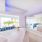 Suite-Indoor Balcony (9)